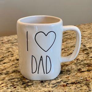 Rae Dunn i ❤️ Dad Mug